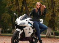 girl-Bikers