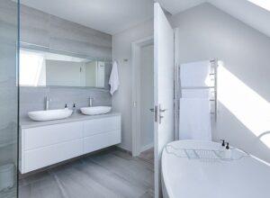 Best Floor Tile Options for a Contemporary Bathroom